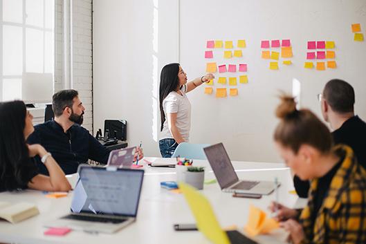 réunion d'équipe gestion de projet